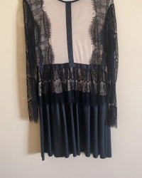 فستان اسود قصير