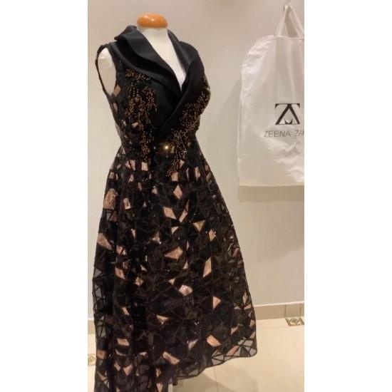 فستان للمصممه زينه زكي