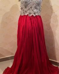 فستان احمر بفضي
