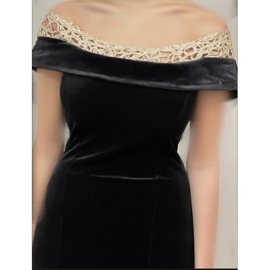 فستان قطيفة