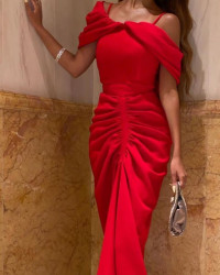 فستان مصممه كويتيه