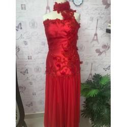 فستان أحمر/عدنان أكبر
