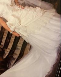 فستان فرحي